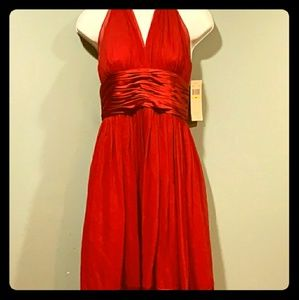 MAGGIR LONDON LONG RED FORMAL DRESS